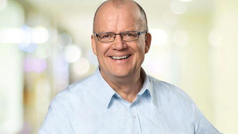 hr4-Moderator Hermann Hillebrand