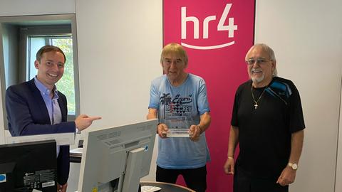 hr4-Moderator Martin Woelke mit den Amigos