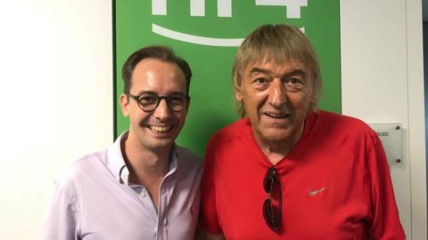 Bernd Ulrich von den Amigos mit hr4-Moderator Martin Woelke