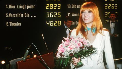 """Katja Ebstein gewinnt den deutschen Vorentscheid mit """"Theater"""""""
