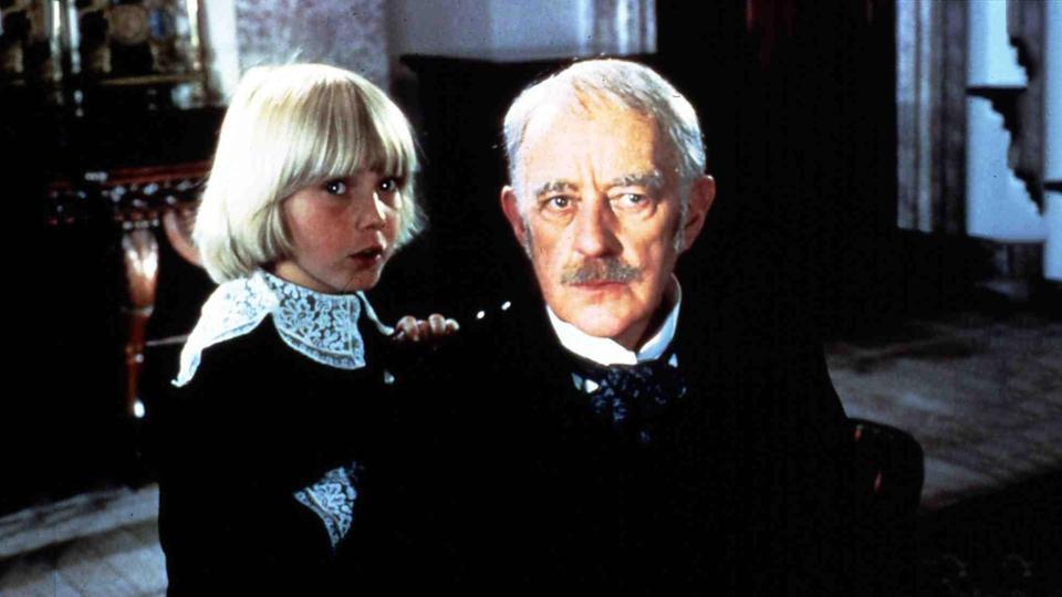 Cedric Erroll (Ricky Schroder) und der Earl of Dorincourt (Alec Guinness), sein Großvater.