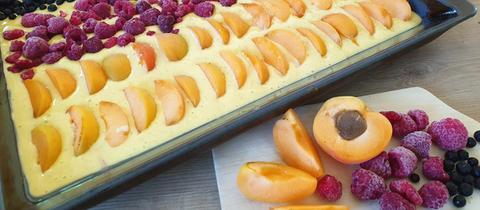 EM-Kuchen mit Obst