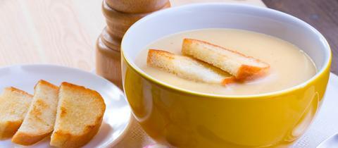 Mehlsuppe mit Knoblauch