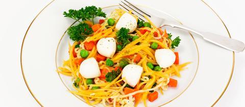 Nudel trifft Tomate und Mozzarella