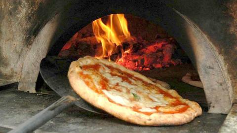 Pizza Napoletana im Backofen