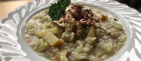 Birne-Gorgonzola-Risotto mit Walnüssen