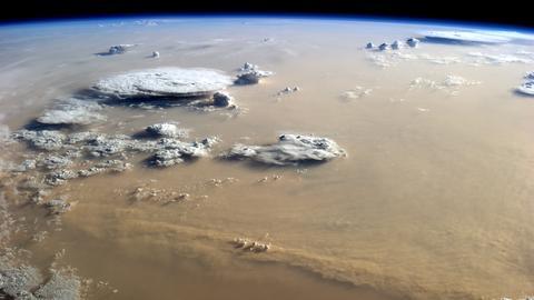 Sandsturm über der Sahara