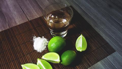 Tequila, Salz und Zitronen