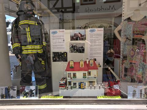 Dieburger Feuerwehr macht Ausstellung mit Playmobil-Figuren