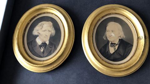Fotos von Jacob und Wilhelm Grimm