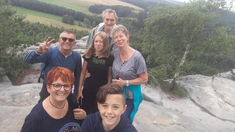 Tina und Reinhart Kupillas und Enkel Paul Stolzenberger aus Hanau