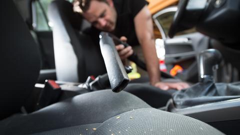 Autositz reinigen