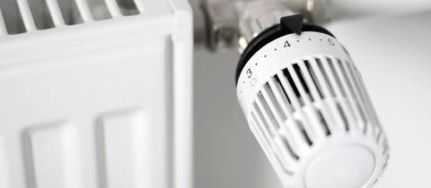 Thermostat an einem Heizkörper