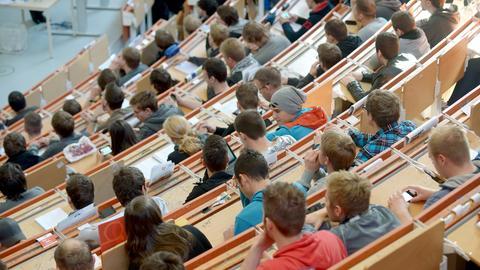Blick in einen Hörsaal der Universität Kassel
