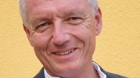 Dr. Gerd Reuther