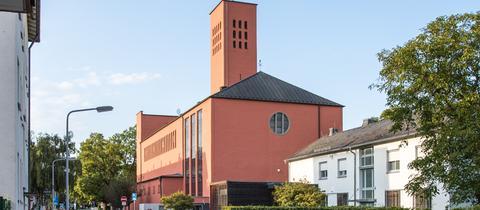 Kath. Pfarrkirche Mutter vom guten Rat in Frankfurt-Niederrad