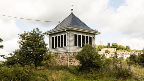 Glockenturm St. Johannes der Täufer in Schmitten-Niederreifenberg