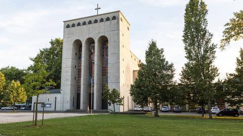 Frauenfriedenskirche in Frankfurt-Bockenheim